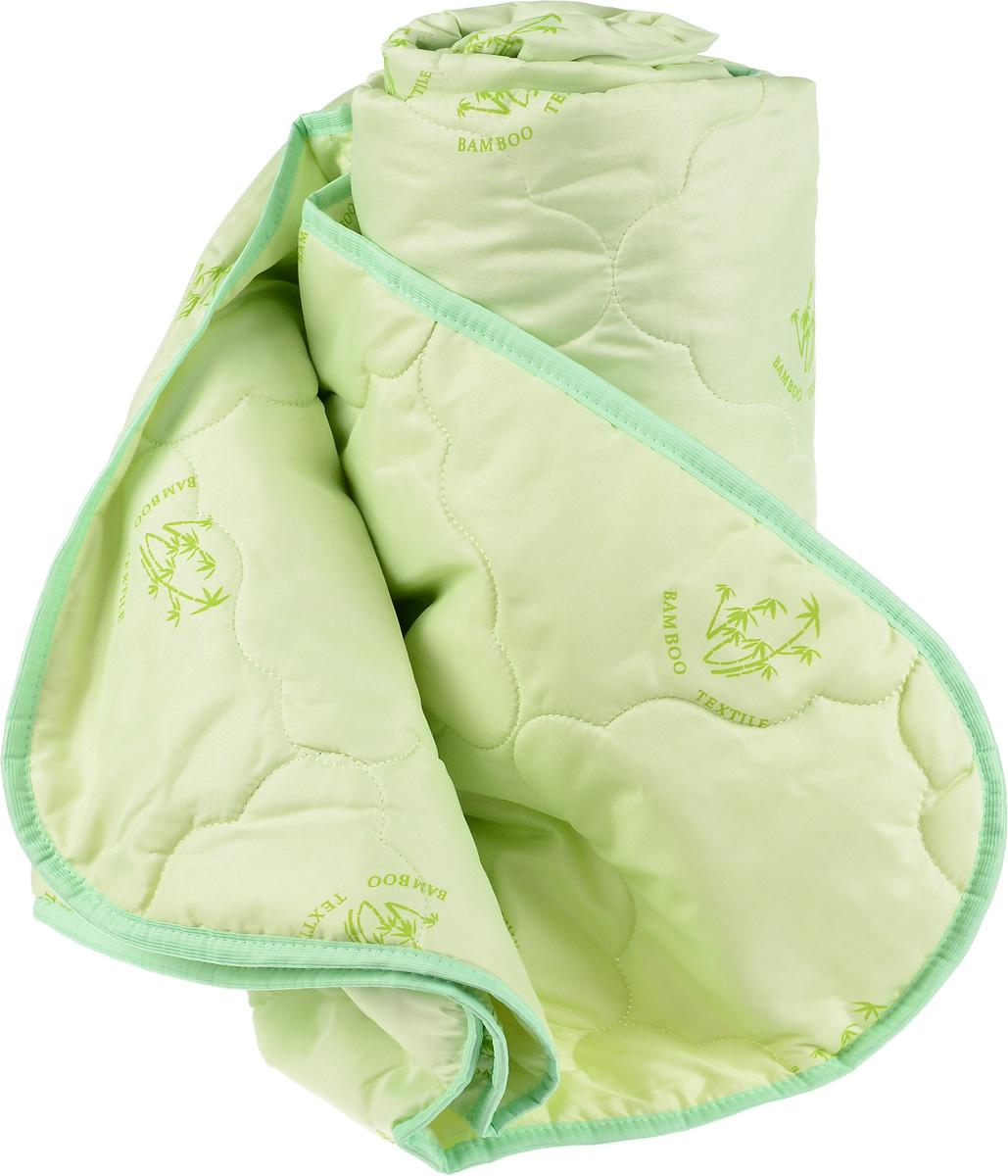 Одеяло Катюша, наполнитель: бамбуковое волокно, 145 х 205 смПБ15150Одеяло Катюша подарит комфорт и уют во время сна. Чехол, выполненный из микроволокна (100% полиэстера), оформлен фигурной стежкой и надежно удерживает наполнитель внутри. Волокно на основе бамбука - инновационный наполнитель, обладающий за счет своей пористой структуры хорошей воздухонепроницаемостью и высокой гигроскопичностью, обеспечивает оптимальный уровень влажности во время сна и создает чувство прохлады в жаркие дни. Антибактериальный эффект наполнителя достигается за счет содержания в нем специального компонента, а также за счет поглощения влаги, что создает сухой микроклимат, препятствующий росту бактерий. Основные свойства волокна: - хорошая терморегуляция, - свободная циркуляция воздуха, - мягкость и легкость. Рекомендации по уходу: - Стирка запрещена. - Не отбеливать, не использовать хлоросодержащие моющие средства и стиральные порошки с отбеливателями. - Не отжимать в стиральной машине.