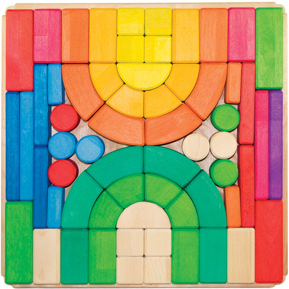 Деревяшкино Кубики строительные 3,5 см123Развивающая деревянная головоломка-конструктор (средней степени сложности) подходит для мальчиков и девочек в возрасте от 3лет, состоит из 62 деталей. Можно раскладывать фигуры в заданной последовательности: круг, треугольник, квадрат; составлять объемные башенки из брусков, плоские картинки из кругов или квадратов разного размера, елки — из треугольников. Собирать фигуры одного цвета или одного размера. Дети знакомятся с названиями, характерными признаками и формой геометрических фигур. Развивают координацию, фантазию, пространственное мышление, обучают элементарным вещам: почему что-то стоит, а что-то падает и т.д. Экологически чистый продукт: изготовлено из массива березы. Игрушка раскрашена пищевой водостойкой краской, что делает взаимодействие с изделием абсолютно безопасным: никаких лаков, «химии» или добавок.