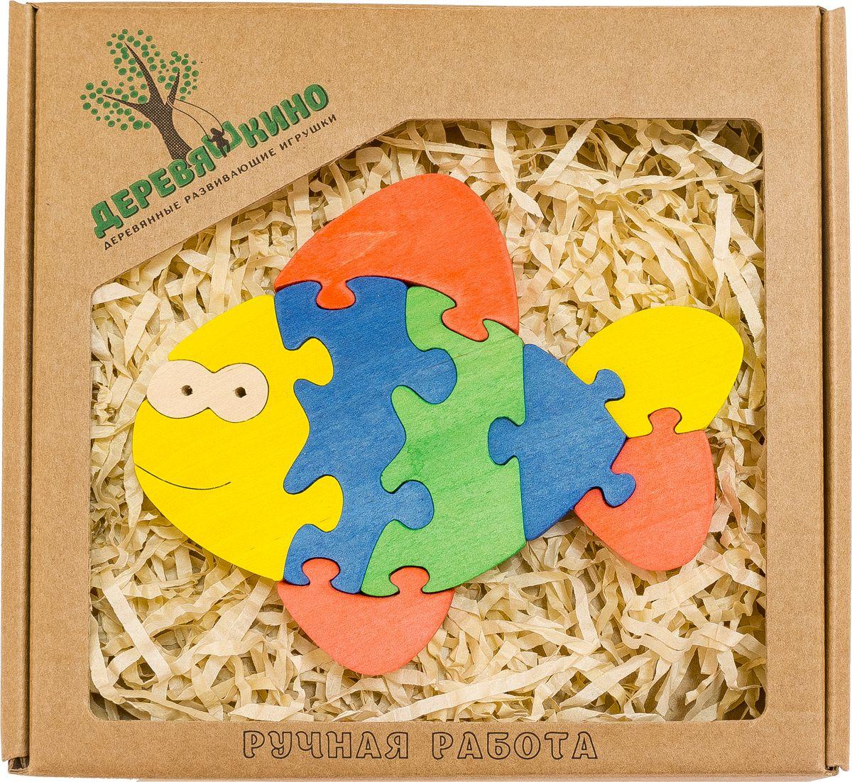 Деревяшкино Пазл для малышей Веселый карасик567Развивающая деревянная головоломка Веселый карасик (средней степени сложности) подходит для мальчиков и девочек в возрасте 3-5лет, состоит из 9 деталей. Экологически чистый продукт: изготовлено вручную из массива березы. Игрушка раскрашена пищевой водостойкой краской, что делает взаимодействие с изделием абсолютно безопасным: никаких лаков, «химии» или добавок. Процесс сборки деревянной головоломки развивает: тактильную сенсорику, внимательность, усидчивость, пространственное мышление, мелкую моторику, а так же учит различать элементы по цвету, форме и размеру. С продукцией компании Деревяшкино, Ваши детки развиваются, играя без риска для здоровья.