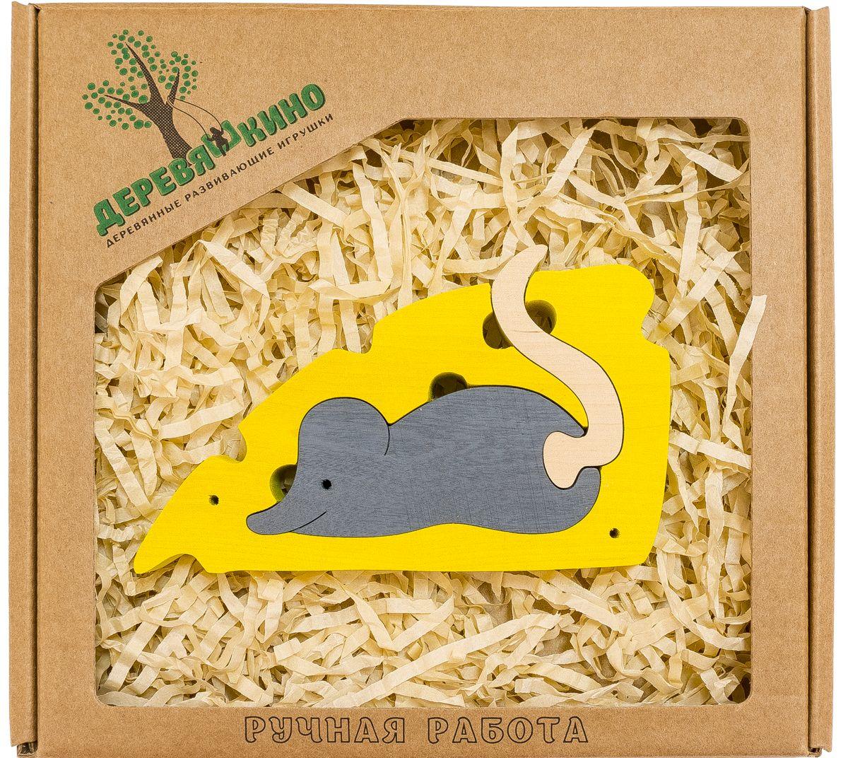 Деревяшкино Пазл для малышей Мышонок и сыр616Развивающая деревянная головоломка Мышонок и сыр (средней степени сложности) подходит для мальчиков и девочек в возрасте 3-5лет, состоит из 3 деталей. Экологически чистый продукт: изготовлено вручную из массива березы. Игрушка раскрашена пищевой водостойкой краской, что делает взаимодействие с изделием абсолютно безопасным: никаких лаков, «химии» или добавок. Процесс сборки деревянной головоломки развивает: тактильную сенсорику, внимательность, усидчивость, пространственное мышление, мелкую моторику, а так же учит различать элементы по цвету, форме и размеру. С продукцией компании Деревяшкино, Ваши детки развиваются, играя без риска для здоровья.