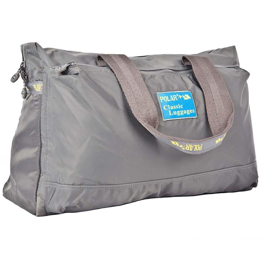 Сумка спортивная Polar, 22 л, цвет: серый. П1288-17П1288-17Спортивная сумка Polar. Сумка универсальная для спорта. Одно большое отделение -внутри большой открытый карман и карман на молнии. Два кармана спереди и сзади сумки. Высота ручек 26 см.