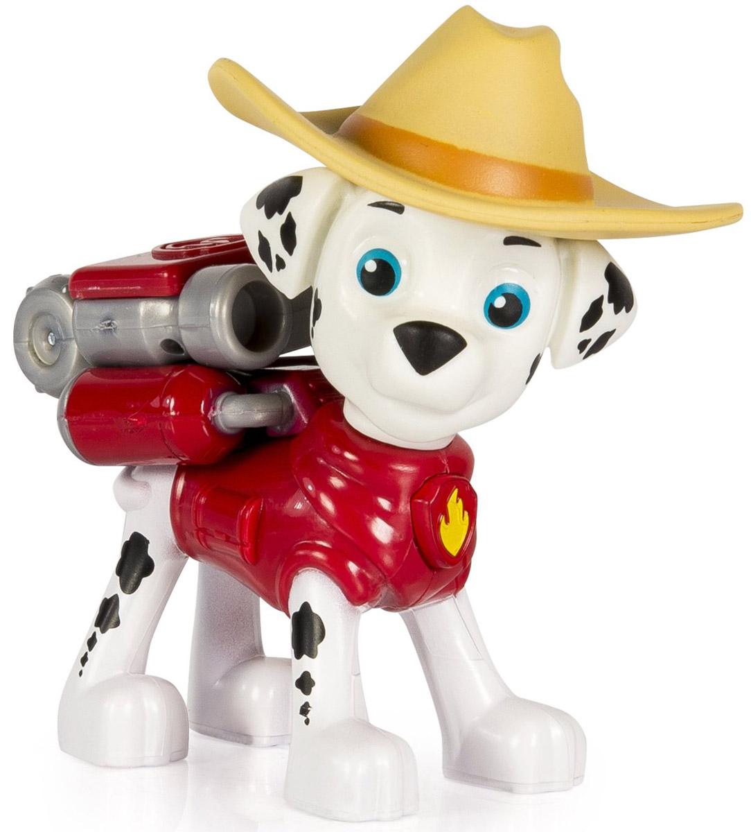 Paw Patrol Фигурка Cowboy Marshall16655_20070719_Marshall CowboyФигурка щенка-спасателя Paw Patrol Cowboy Marshall станет отличным подарком для любого поклонника мультфильма. У щенка на спине закреплен рюкзак-трансформер с уникальными функциями, знакомыми по мультфильму. Рюкзак активируется нажатием медальона на шее фигурки. При нажатии на кнопку, из рюкзака выскакивает пожарный водомет. Игрушка выпущена по второму сезону мультсериала, поэтому на голове щенка одета стильная шляпа. Голова фигурки вращается. Игрушка изготовлена из качественных и безопасных материалов.