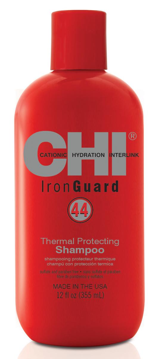 Chi Шампунь 44 Iron Guard, 355млCHIIGS12Бережно очищает волосы. Предотвращает потерю влаги. Витамины А и Е питают волосы, придают дополнительную термозащиту и блеск. Входящие в состав специальная усиленная формула керамики CHI 44 подготавливает структуру волоса к последующему шагу – кондиционированию.