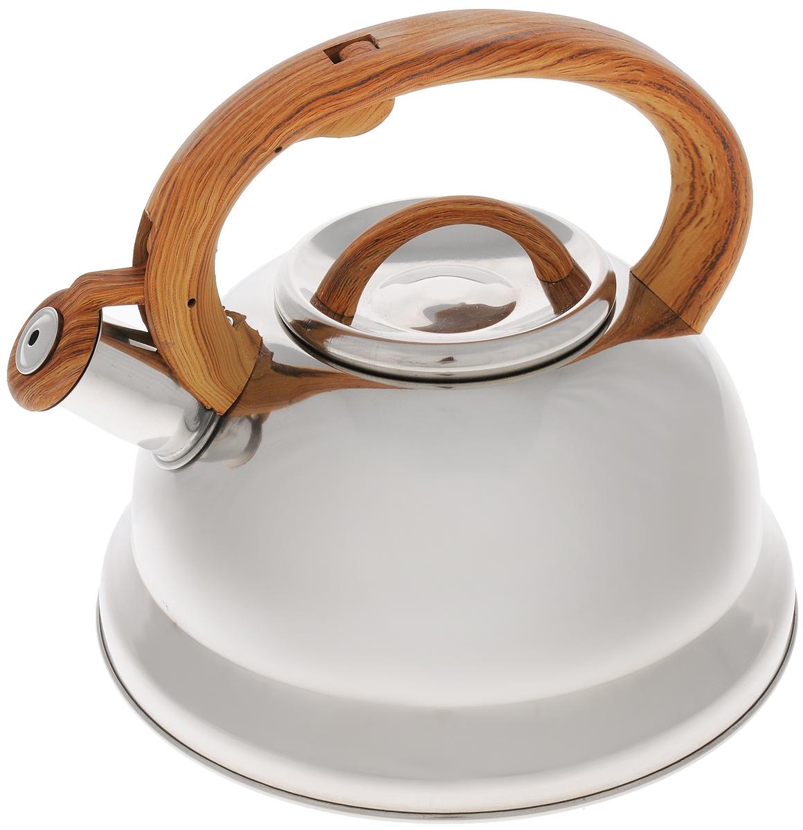 Чайник Mayer & Boch, со свистком, цвет: серебристый, коричневый, 3 л. 2574525745Чайник Mayer & Boch выполнен из долговечной и прочной нержавеющей стали, что делает его весьма гигиеничным и устойчивым к износу при длительном использовании. Гладкая и ровная поверхность существенно облегчает уход за посудой. Выполненный из качественных материалов чайник при кипячении сохраняет все полезные свойства воды. Изделие оснащено свистком, благодаря которому вы можете не беспокоиться о том, что закипевшая вода зальет плиту. Как только вода закипит - свисток оповестит вас об этом. Фиксированная ручка, изготовленная из пластика, делает использование чайника очень удобным и безопасным и отлично впишется в интерьер любой кухни. Подходит для всех типов плит, кроме индукционных. Можно мыть в посудомоечной машине. . Высота чайника (с учетом ручки и крышки): 20 см. Диаметр основания: 22 см. Диаметр (по верхнему краю): 10 см.