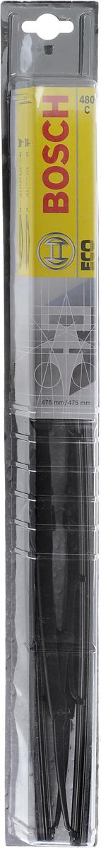 Щетка стеклоочистителя Bosch 480C, каркасная, длина 48 см, 2 шт3397005030Щетка Bosch 480C - функциональный стеклоочиститель с металлическими скобами, который характеризуется хорошей эффективностью очистки и качеством. Каркас щетки выполнен из металла с антикоррозийным покрытием и имеет форму, способствующую уменьшению подъемной силы на высоких скоростях. Натуральная резина щетки с графитовым напылением обеспечивает тщательность очистки. Щетка имеет крепление крючок. Быстрый монтаж, благодаря предварительно установленному универсальному адаптеру Quick Clip. Комплектация: 2 шт.