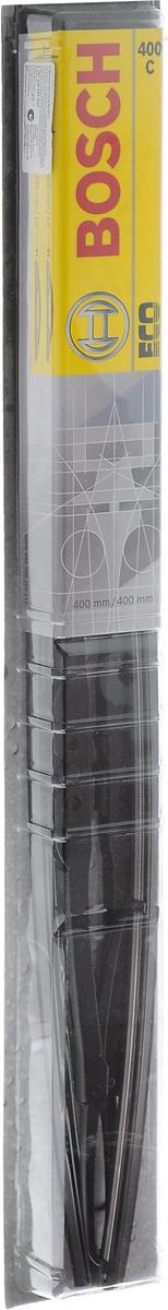Щетка стеклоочистителя Bosch 400C, каркасная, длина 40 см, 2 шт3397005027Щетка Bosch 400C - функциональный стеклоочиститель с металлическими скобами, который характеризуется хорошей эффективностью очистки и качеством. Каркас щетки выполнен из металла с антикоррозийным покрытием и имеет форму, способствующую уменьшению подъемной силы на высоких скоростях. Натуральная резина щетки с графитовым напылением обеспечивает тщательность очистки. Щетка имеет крепление крючок. Быстрый монтаж, благодаря предварительно установленному универсальному адаптеру Quick Clip. Комплектация: 2 шт.