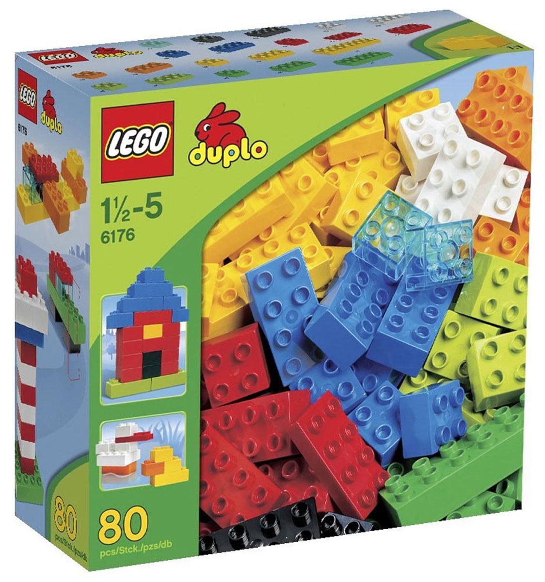 LEGO DUPLO Конструктор Основные элементы 61766176Веселье никогда не закончится с разноцветными кубиками LEGO DUPLO! С помощью разноцветных деталей вы сможете собрать разнообразные конструкции. Конструктор - это один из самых увлекательнейших и веселых способов времяпрепровождения. Ребенок сможет часами играть с конструктором, придумывая различные ситуации и истории. В процессе игры с конструкторами LEGO дети приобретают и постигают такие необходимые навыки как познание, творчество, воображение. Обычные наблюдения за детьми показывают, что единственное, чему они с удовольствием посвящают время - это игры. Игра - это состояние души, это веселый опыт познания реальности. Фантазия ребенка безгранична, она позволяет ребенку учиться представлять в уме, она помогает ему выражать свою индивидуальность, творить, давать форму или выражение чувствам, идеям, а это означает, что ребенок, несомненно, учится. Конструктор предназначен для детей от 1,5 до 5 лет.