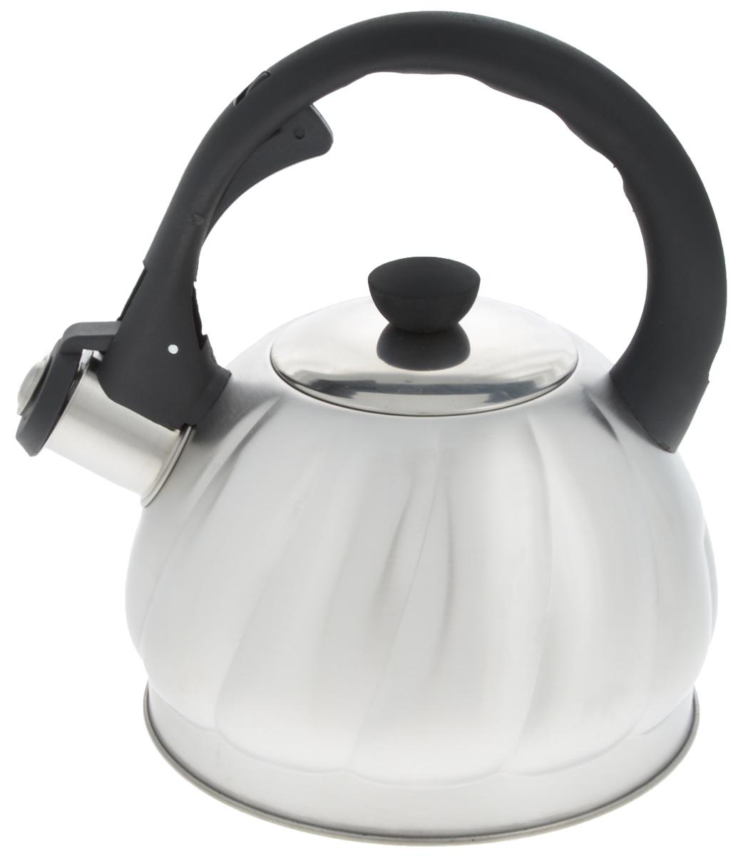 Чайник Mayer & Boch, со свистком, 2 л. 2589625896Чайник со свистком Mayer & Boch изготовлен из высококачественной нержавеющей стали, что обеспечивает долговечность использования. Носик чайника оснащен откидным свистком, звуковой сигнал которого подскажет, когда закипит вода. Свисток открывается нажатием кнопки на фиксированной ручке, сделанной из пластика. Чайник Mayer & Boch - качественное исполнение и стильное решение для вашей кухни. Подходит для всех типов плит, включая индукционные. Можно мыть в посудомоечной машине. Высота чайника (с учетом ручки и крышки): 22,5 см. Высота чайника (без учета ручки и крышки): 12 см. Диаметр чайника (по верхнему краю): 9 см. Диаметр основания: 16,5 см.