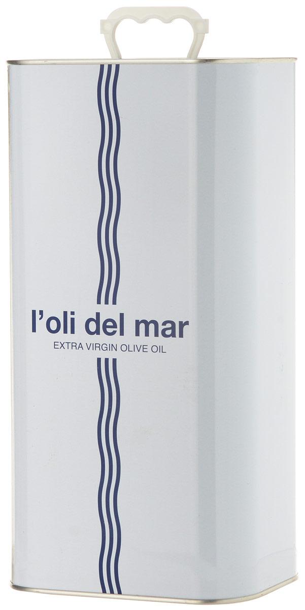 Loli del Mar Extra Virgin Арбекина масло оливковое, 5 л8437013265416Loli del Mar Extra Virgin Арбекина - нерафинированное оливковое масло первого холодного отжима, лимитированного выпуска. Оно производится из оливок сорта Арбекина (Arbequina), которые выращиваются в регионе Террагона (Каталония). Оливковое масло из сорта Арбекина (Arbequina) - это легкая и нежная текстура. Его вкус сладкий и фруктовый, с оттенками яблока и миндаля. Аромат - очень свежий и фруктовый. Особенно рекомендуется для овощей (свежих или вареных) и рыбы (на пару или на гриле). Продукт был награжден Золотой медалью Продэкспо-2016 за вкус и качество! Дизайн алюминиевой емкости также был отмечен премией на конкурсе LiderPack. Идея дизайна отражает философию марки - соединения средиземноморских традиций, моря, солнца и оливкового масла. Оливковое масло - основа средиземноморской диеты.