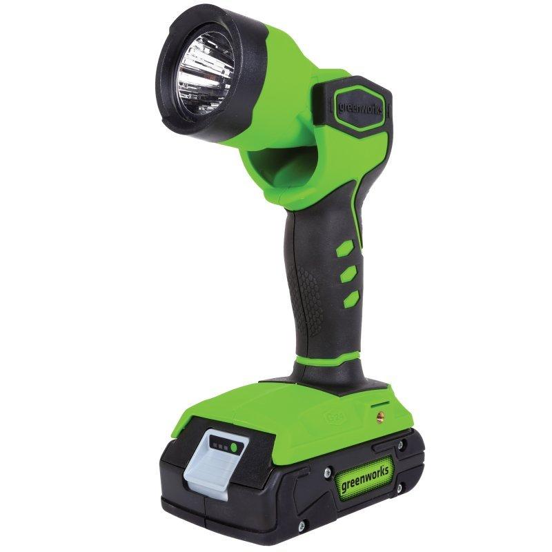 Фонарь GreenWorks 24В (без аккумуляторной батареи и зарядного устройства)3500507Аккумуляторная система 24В G24 Поворотный рефлектор Мощный светодиод Крепление на ремень Время работы до 20 часов на одном заряде аккумулятора Работает с аккумуляторами Greenworks G24 (арт. 2902707, 2902807) и зарядным устройством G24С (арт. 2903607) Гарантия 2 года