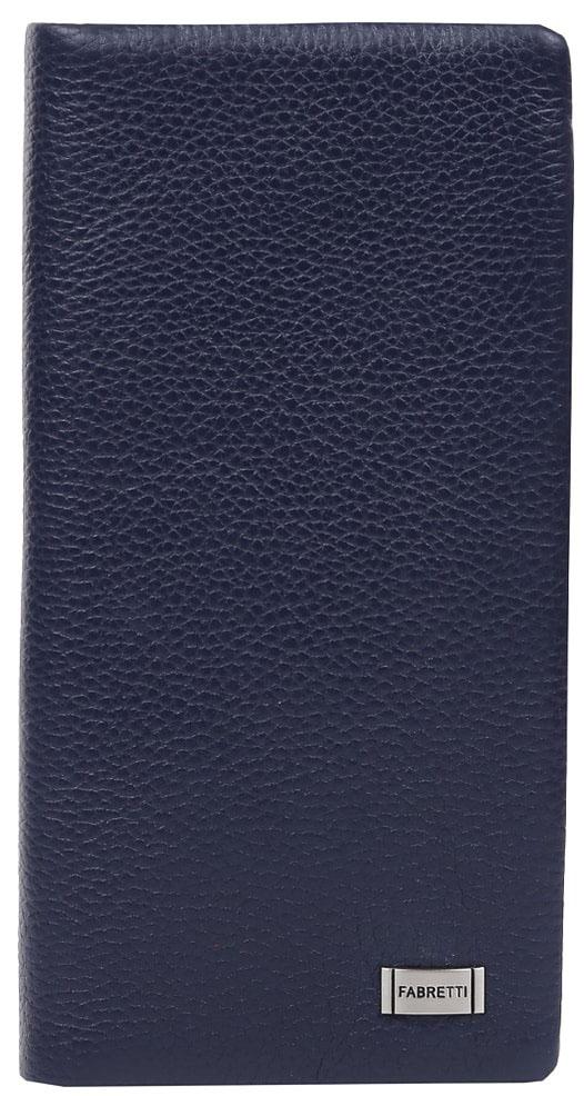 Кошелек женский Fabretti 73039M-d.blue73039M-d.blueЖенский кошелек от итальянского бренда Fabretti выполнен из натуральной кожи, которая имеет невероятно мягкую и приятную фактуру. Лаконичный и строгий дизайн аксессуара подойдет для любительниц элегантного и простого шика. Внутри модели имеется три отделения для купюр и карман на молнии, куда вы сможете складывать монеты. Также вы с легкостью разместите 11 дисконтных и кредитных карт и любимую фотографию. На тыльной части аксессуара дизайнеры разместили вместительный карман на удобной молнии. Модель закрывается на прочную застежку. Невероятно модный темно-синий цвет в сочетании с фурнитурой, выполненной в серебре, превращают кошелек не просто в удобный, но и стильный аксессуар.