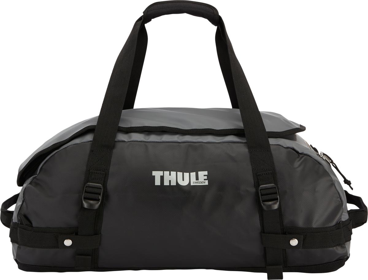 Туристическая сумка-баул Thule Chasm S, цвет: темно-серый, 40л201600Thule Chasm Small - Эти жесткие, устойчивые к неблагоприятным погодным условиям сумки с широко раскрывающимся основным отделением и съемными ремнями — ваши надежные спутники в любой поездке. Широко раскрывающееся отделение делает загрузку оборудования в сумку очень удобным. Боковые замки делают доступ к основному отделению удобным с любого угла Ремни складываются вдоль боковых сторон сумки. Ремни быстро превращают рюкзак в сумку. Прочная водонепроницаемая брезентовая ткань для удобной укладки вещей, которая легко складывается для хранения. Внутренние сетчатые карманы сохранят ваши вещи в порядке. Внешние фиксирующие ремни предотвращают содержимое сумки от падения на дно, когда она используется как рюкзак. Уплотненная нижняя часть сумки обеспечивает мягкое соприкосновение с землей. Блокировка застежки-молнии для защиты от воров (замок продается отдельно). Внешний сетчатый карман для небольших предметов.