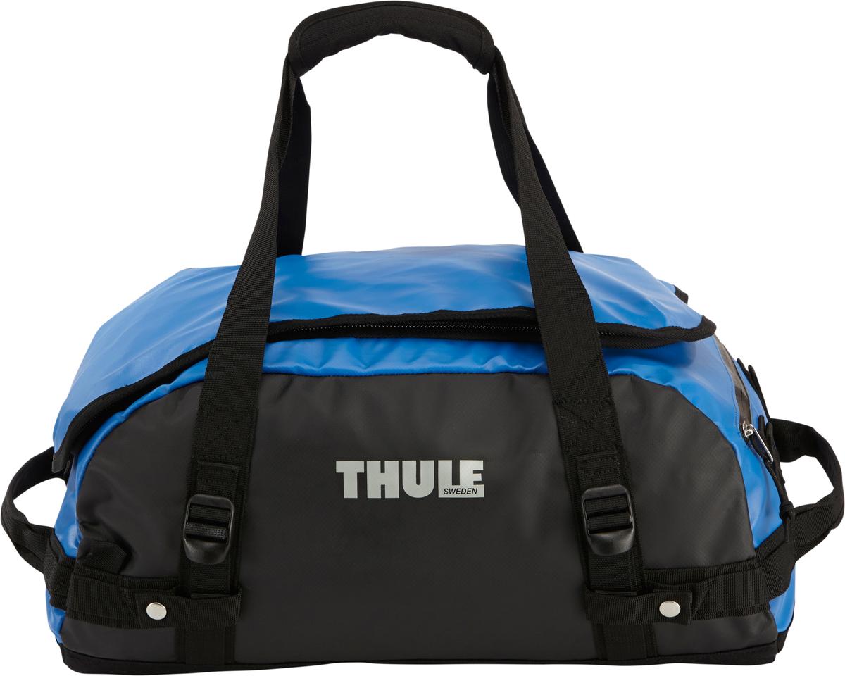 Туристическая сумка-баул Thule Chasm XS, цвет: синий, 27л201300Thule Chasm X-Small - Эти жесткие, устойчивые к неблагоприятным погодным условиям сумки с широко раскрывающимся основным отделением и съемными ремнями — ваши надежные спутники в любой поездке. Широко раскрывающееся отделение делает загрузку оборудования в сумку очень удобным. Боковые замки делают доступ к основному отделению удобным с любого угла Ремни складываются вдоль боковых сторон сумки. Ремни быстро превращают рюкзак в сумку. Прочная водонепроницаемая брезентовая ткань для удобной укладки вещей, которая легко складывается для хранения. Внутренние сетчатые карманы сохранят ваши вещи в порядке. Внешние фиксирующие ремни предотвращают содержимое сумки от падения на дно, когда она используется как рюкзак. Уплотненная нижняя часть сумки обеспечивает мягкое соприкосновение с землей. Блокировка застежки-молнии для защиты от воров (замок продается отдельно). Внешний сетчатый карман для небольших предметов.