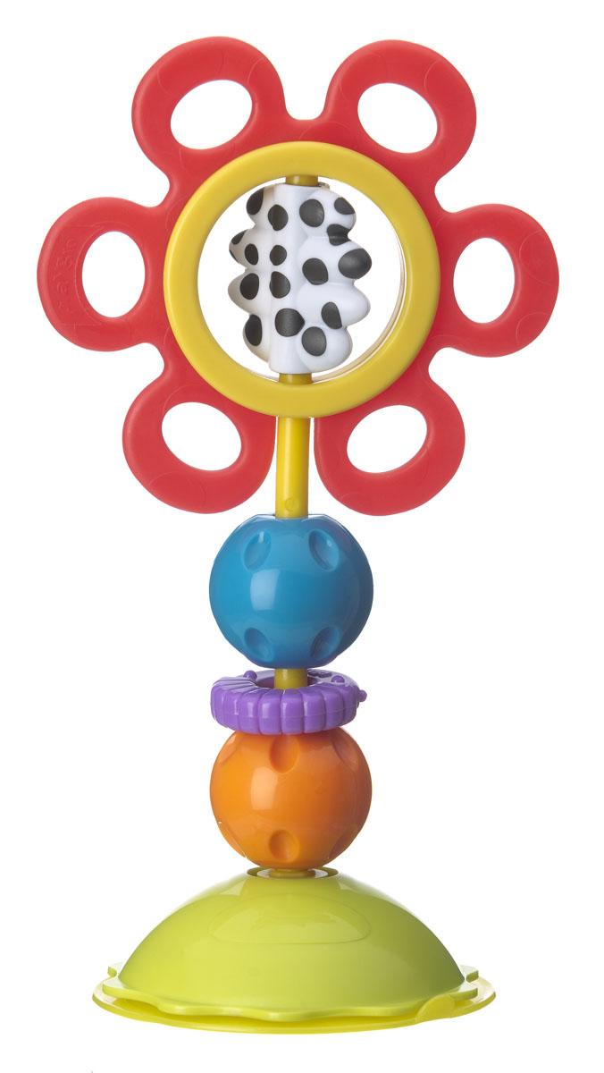 Playgro Игрушка-погремушка на присоске 01841820184182Игрушка легко и надежно крепится к ровной гладкой поверхности. Красный цветок вращается при малейшем прикосновении, изготовлен из мягкого пластика, в период прорезывания зубов малыши с радостью будут грызть его лепестки. Сердцевина выполнена из контрастных черно-белых цветов, представляет собой отдельный элемент, который тоже можно вращать. Разноцветные шарики можно вращать, при этом они издают веселые щелкающие звуки. Фиолетовое кольцо с рифленой поверхностью легко крутится вокруг основания. Игрушка способствует развитию тактильных ощущений, визуального и слухового восприятия, моторики, когнитивных навыков.