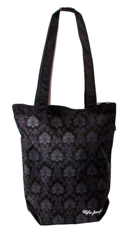 Сумка женская UFO people, цвет: черный, 8, 5 л. 653653Женская сумка-мешок из нейлона основное вместительное отделение