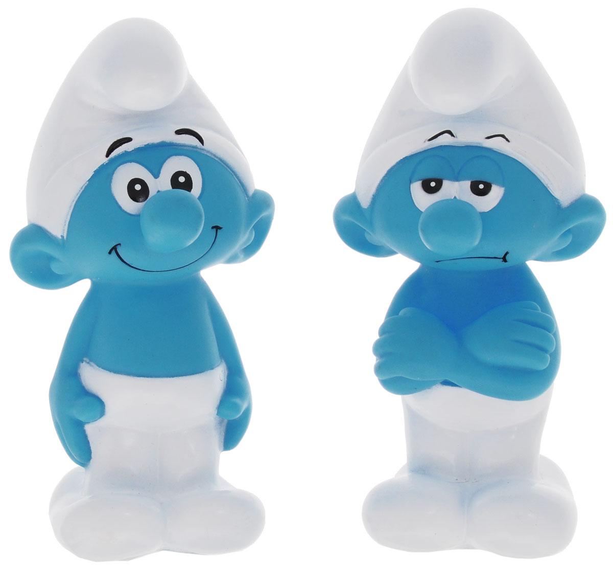 Играем вместе Набор игрушек для ванной Смурфики цвет голубой белый 2 шт164R-PVC_голубой, белыйС набором игрушек для ванной Играем вместе Смурфики принимать водные процедуры станет еще веселее и приятнее. В набор входят 2 игрушки в виде героев одноименного мультфильма. Игрушки могут брызгать водой и пищать. Набор доставит ребенку большое удовольствие и поможет преодолеть страх перед купанием. Игрушки для ванной способствуют развитию воображения, цветового восприятия, тактильных ощущений и мелкой моторики рук.