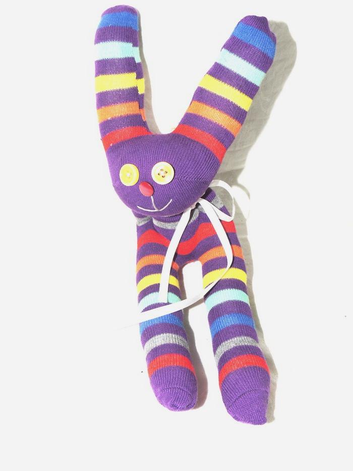 Авторская игрушка - носуля YusliQ Заяц. Ручная работа. kuri10kuri10Авторская игрушка носуля Заяц. kuri10 из серии Тотем - яркая авторская игрушка, искрящаяся позитивом и отличным настроением, станет необычным и прекрасным сюрпризом для друзей и знакомых!