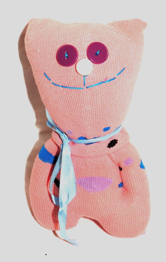 Авторская игрушка - носуля YusliQ Обаяшка. Ручная работа. kuri23kuri23Авторская игрушка носуля Обаяшка. kuri23 из серии Тотем - яркая авторская игрушка, искрящаяся позитивом и отличным настроением, станет необычным и прекрасным сюрпризом для друзей и знакомых!