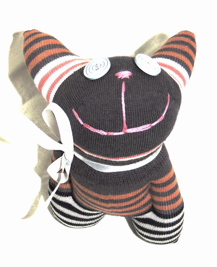 Авторская игрушка - носуля YusliQ Обаяшка. Ручная работа. kuri25kuri25Авторская игрушка носуля Обаяшка. kuri25 из серии Тотем - яркая авторская игрушка, искрящаяся позитивом и отличным настроением, станет необычным и прекрасным сюрпризом для друзей и знакомых!