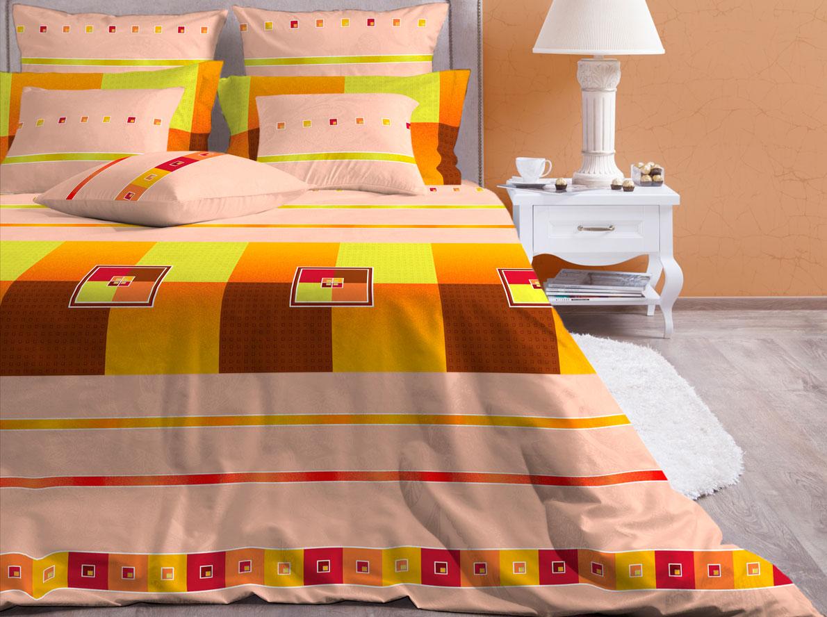 Комплект белья Хлопковый Край Теплый Дом, 1,5-спальный, наволочки 70х7015б-1ХКссКомплект постельного белья выполнен из качественной бязи и украшен оригинальным рисунком. Комплект состоит из пододеяльника, простыни и двух наволочек. Бязь представляет из себя хлопчатобумажную матовую ткань (не блестит). Главные отличия переплетения: оно плотное, нити толстые и частые. Из-за этого материал очень прочный и практичный. Постельное белье Хлопковый Край экологичное, гипоаллергенное, оно легко стирается и гладится, не сильно мнется и выдерживает очень много стирок, при этом сохраняя яркость цвета и рисунка.