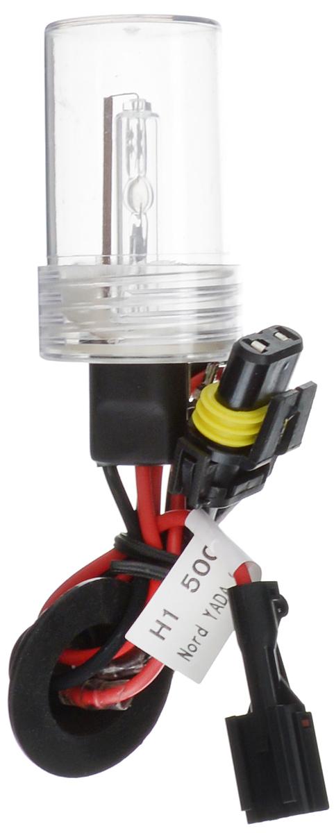 Лампа автомобильная ксеноновая Nord YADA, H1, 5000K903388Лампа автомобильная ксеноновая Nord YADA - это электрическая ксеноновая газозарядная лампа для автомобилей и других моторных транспортных средств. Ксеноновая лампа - это источник света, представляющий собой устройство, состоящее из колбы с газом (ксеноном), в котором светится электрическая дуга, которая возникает вследствие подачи напряжения на электроды лампы. Лампа дает яркий белый свет, близкий по спектру к дневному. Высокая яркость обеспечивает хорошее освещение дороги и безопасность. Свет лампы насыщенный и интенсивный, поэтому она идеально подходит для освещения дороги во время тумана. Преимущества по сравнению с галогенной лампой: - Безопасность - лучше освещает дорогу, помогает быстрее среагировать на дорожную обстановку; - Экономичность - потребляет меньше, а светит ярче; - Увеличенный срок службы - не имеет нити накаливания, поэтому долговечна и не боится тряски.