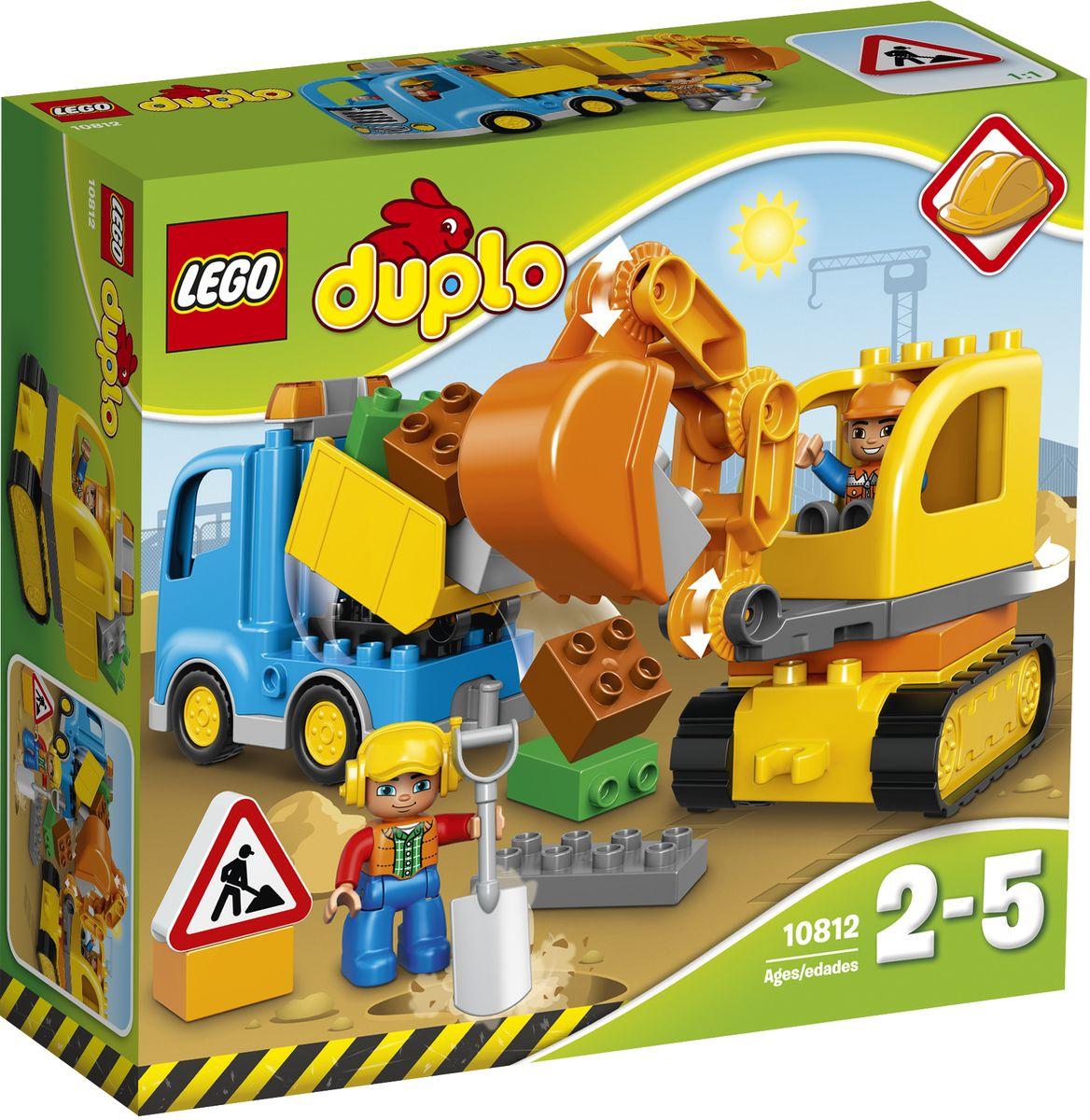 LEGO DUPLO Конструктор Грузовик и гусеничный экскаватор 1081210812Маленьким землекопам понравится играть с этими простыми в сборке строительными машинами. Передвигайте гусеничный экскаватор по неровной поверхности и копайте большим ковшом. Снимите ковш, чтобы сделать его короче, а затем используйте специальную функцию грузовика-самосвала и вывезите мусор на свалку! Кубики LEGO DUPLO разработаны с учетом требований к обеспечению безопасности детей. В набор входит 2 фигурки строительных рабочих. Конструктор LEGO DUPLO. Грузовик и гусеничный экскаватор включает в себя 28 разноцветных пластиковых элементов. Конструктор - это один из самых увлекательных и веселых способов времяпрепровождения. Ребенок сможет часами играть с конструктором, придумывая различные ситуации и истории.