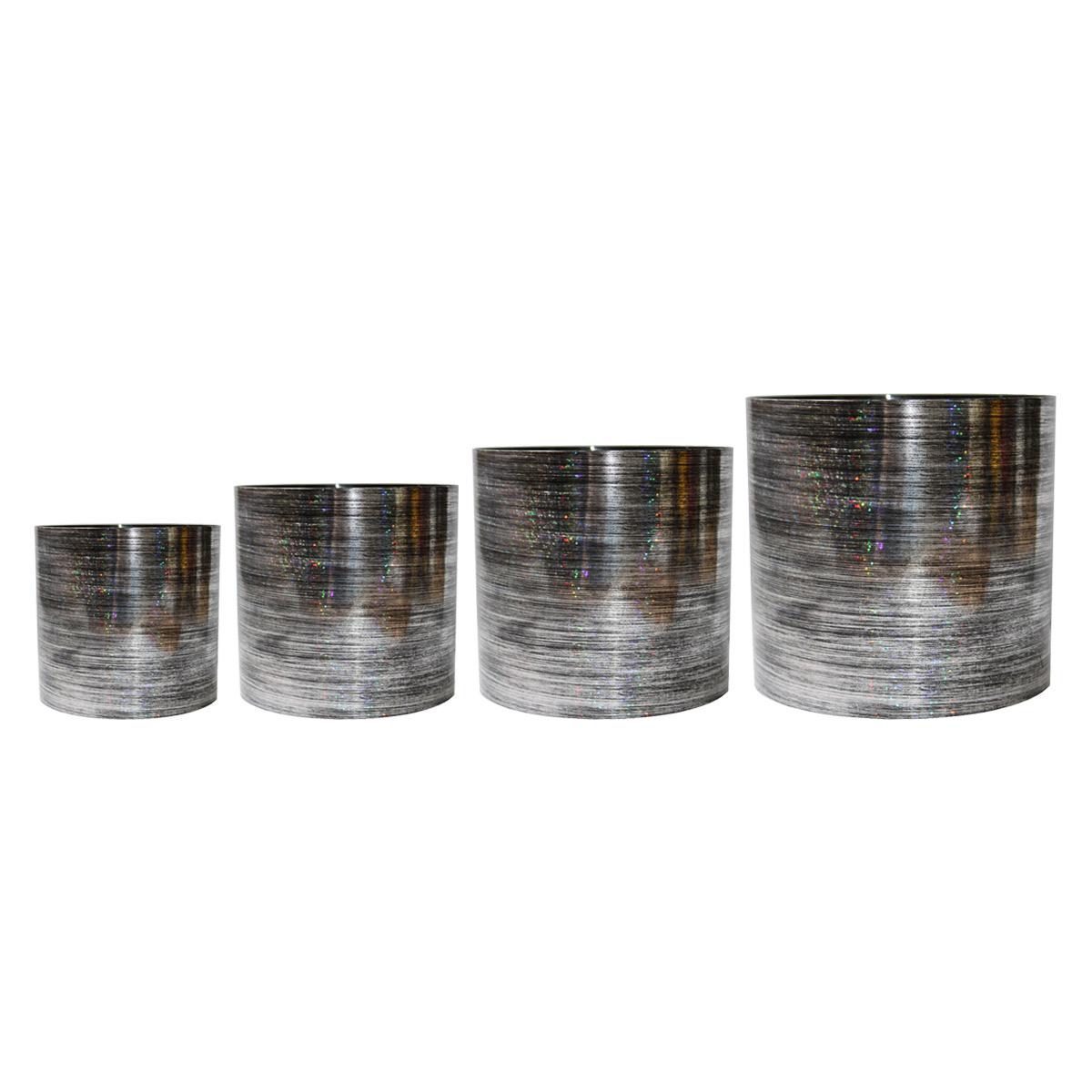 Набор горшков для цветов Miolla Серебро со скрытым поддоном, 4 предметаSMG-SET15Набор горшочков Miolla c 3D рисунком. Хорошо будут смотреться как основа для топиариев и флористических композиций. А так же замечательно для комнатных цветов. Со скрытым поддоном.