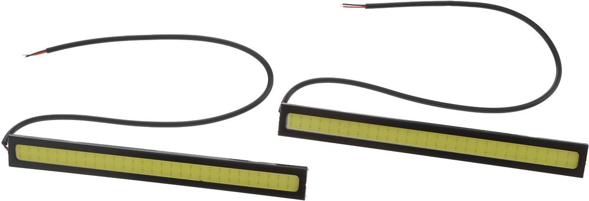 Дневные ходовые огни Nord YADA, 2 шт. 904431904431Дневные ходовые огни Nord YADA предназначены для создания хорошей видимости автомобиля на дороге с целью достижения высокого уровня безопасности движения. Особенности: - Супер яркий светодиод потребляет намного меньше энергии, чем обычная лампа, сохраняя оптимальную светоотдачу. - Привлекательный дизайн и регулируемый кронштейн, который подходит к различным моделям автомобилей. - Водонепроницаемый отражатель для любых дорожных и погодных условий. Мощность: 6 Вт. Напряжение: 12В. Длина: 14 см. Комплектация: 2 шт.