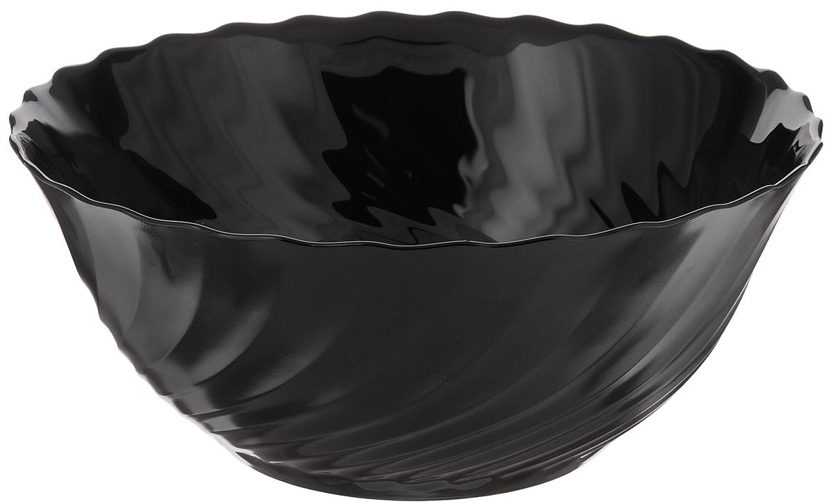 Салатник Luminarc Trianon Black, диаметр 24 смG8731Салатник Luminarc Trianon выполнен из ударопрочного стекла. Универсальный дизайн легко впишется в любой интерьер и выгодно подчеркнет изысканность ваших блюд. Салатник Luminarc Trianon идеально подойдет для сервировки стола и станет отличным подарком к любому празднику. Можно мыть в посудомоечной машине и использовать в СВЧ. Диаметр (по верхнему краю): 24 см. Высота салатника: 10 см.