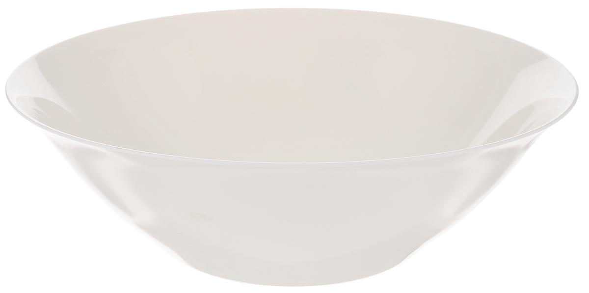 Салатник Luminarc Volare, диаметр 27 смG5352Салатник Luminarc Volare выполнен из ударопрочного стекла. Универсальный дизайн легко впишется в любой интерьер. Простота форм и белоснежный цвет выгодно подчеркнут изысканность ваших блюд. Салатник Luminarc Volare идеально подойдет для сервировки стола и станет отличным подарком к любому празднику. Можно мыть в посудомоечной машине и использовать в СВЧ. Диаметр (по верхнему краю): 27 см. Высота салатника: 8 см.