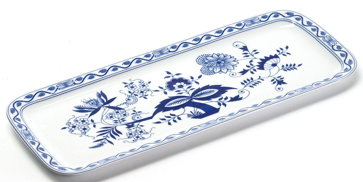 Блюдо La Rose des Sables Ognion Bleu, прямоугольное, 15,5 х 37,7 см610837 1313Блюдо La Rose des Sables Ognion Bleu, изготовленное из высококачественного фарфора, имеет классическую форму. Оно прекрасно впишется в интерьер вашей кухни и станет достойным дополнением к кухонному инвентарю. Блюдо La Rose des Sables Ognion Bleu подчеркнет прекрасный вкус хозяйки и станет отличным подарком. Размер изделия (по верхнему краю): 15,5 х 37,7 см.