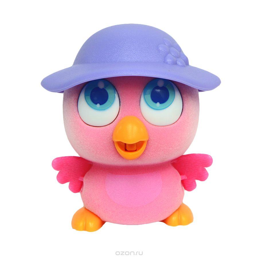 Пи-ко-ко Интерактивная игрушка Совенок в шляпе22090Интерактивная игрушка Пи-ко-ко Совенок в шляпе приведет в восторг любого ребенка. После включения птенец начинает идти, весело щебетать и махать крыльями. Стоит хлопнуть в ладони, он громко запищит и быстро начнет бежать. Если взять его в руки и покормить из бутылочки, входящей в набор, птенец успокоится и радостно зачирикает. После этого он начнет медленно ходить и щебетать, пока опять не услышит громкий звук. Необходимо купить батарейку типа AAA (не входит в комплект).