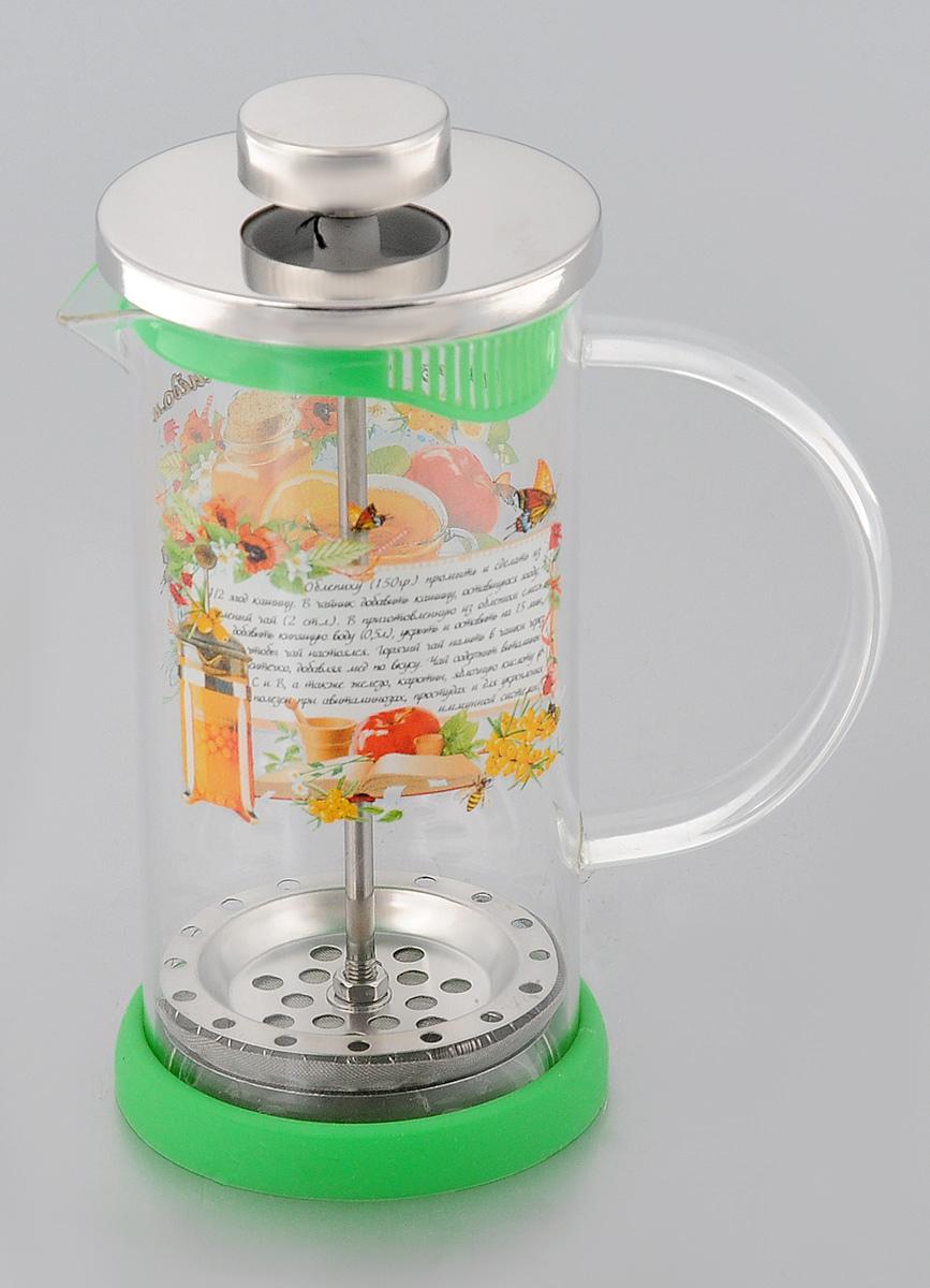 Френч-пресс LarangE Облепиха с медом, на подставке, 350 мл544-211_облепиха с медомФренч-пресс LarangE Облепиха с медом поможет заварить вкусный и ароматный чай, кофе, а также целебные травяные напитки. Корпус и ручка изделия выполнены из высококачественного жаропрочного стекла, устойчивого к окрашиванию, царапинам и термошоку. Ручка не нагревается и безопасна для использования. Фильтр-поршень из нержавеющей стали, выполнен по технологии press-up для обеспечения равномерной циркуляции воды и высокой фильтрации напитка. Яркая подставка из инертного силикона препятствует скольжению френч-пресса, так как высокая эластичность силикона обеспечивает плотное прилегание подставки к колбе. Внешние стенки френч-пресса оформлены рецептом чая из лекарственных трав, плодов и ягод. Можно мыть в посудомоечной машине. Объем: 350 мл. Диаметр френч-пресса (по верхнему краю): 7 см. Высота френч-пресса: 16,5 см.