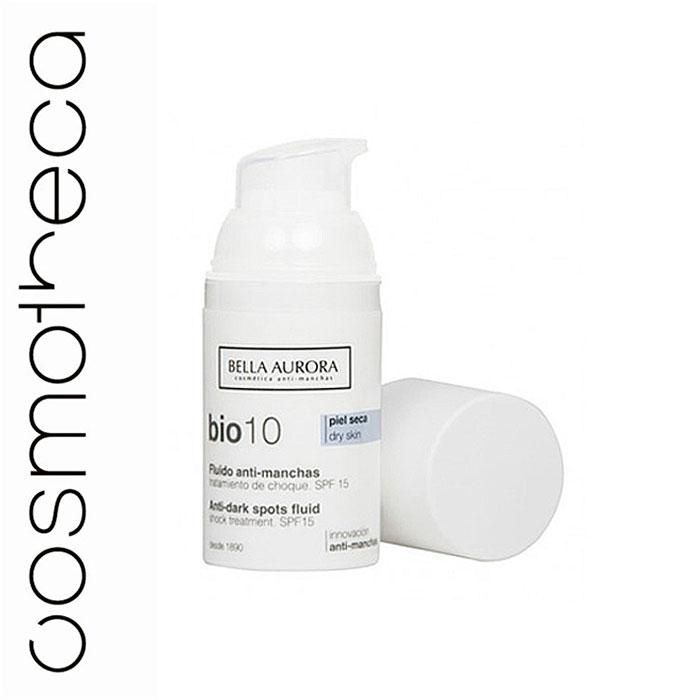 Bella Aurora Флюид для лица, выравнивающий тон кожи SPF 15 30 млBA4093426Анти-пигментный флюид Bio10 Bella Aurora является наиболее эффективным средством от пятен для сухой кожи. Высокая концентрация депигментирующих компонентов, которые действуют во всех 7 механизмах процесса депигментации кожи, позволяет бороться с пятнами различного происхождения. Флюид уменьшает и устраняет существующие темные пятна и предотвращает появление новых. Хорошо увлажняет кожу, обладает антивозрастными свойствами и предотвращает потерю эластичности и упругости кожи. Насыщенная и обволакивающая текстура, мгновенно тает на коже, обеспечивая состоянии глубокого комфорта. Солнцезащитные фильтры SPF15.