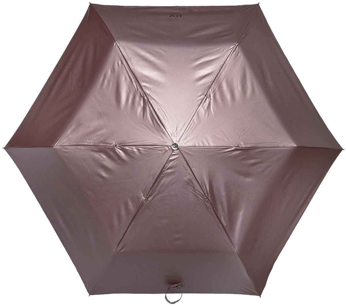 Зонт женский Эврика Звездное небо, механика, 3 сложения, цвет: тауп, черный. 9679596795Оригинальный зонт Эврика не оставит вас незамеченной. С внешней стороны купол оформлен с металлическим оттенком, а с внутренней - в виде черного неба с созвездиями. Стержень изделия изготовлен из металла. Купол выполнен из качественного нейлона, который не пропускает воду. Зонт состоит из шести спиц, изготовленных из металла с элементами из пластика и пластиковой ручки. Зонт имеет механический способ сложения: и купол, и стержень открываются вручную до характерного щелчка. Ручка дополнена петлей, благодаря которой зонт можно носить на запястье. К зонту прилагается чехол. Благодаря своему небольшому размеру, зонт легко пометится в сумку. Раскрыв зонт можно увидеть внутри ночное небо с созвездиями. Зонт-планетарий станет отличным подарком и надежной защитой от непогоды.