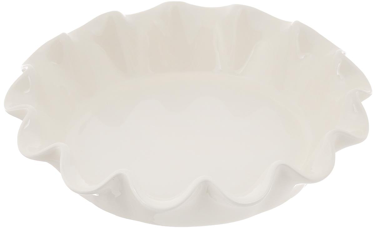 Форма для выпечки Emile Henry, круглая, диаметр 27 см26187Форма для выпечки Emile Henry изготовлена из жаропрочной керамики. Изделие имеет волнистые края. Керамика не содержит вредных примесей ПФОК, что способствует здоровому и экологичному приготовлению пищи. Форма идеально подходит для приготовления пирогов, французских десертов и других блюд. Она прекрасно держит температуру и удобна для подачи блюда прямо на стол. Подходит для использования в духовке, микроволновой печи и холодильнике. Можно мыть в посудомоечной машине. Диаметр формы по верхнему краю: 27 см. Высота формы: 6 см.