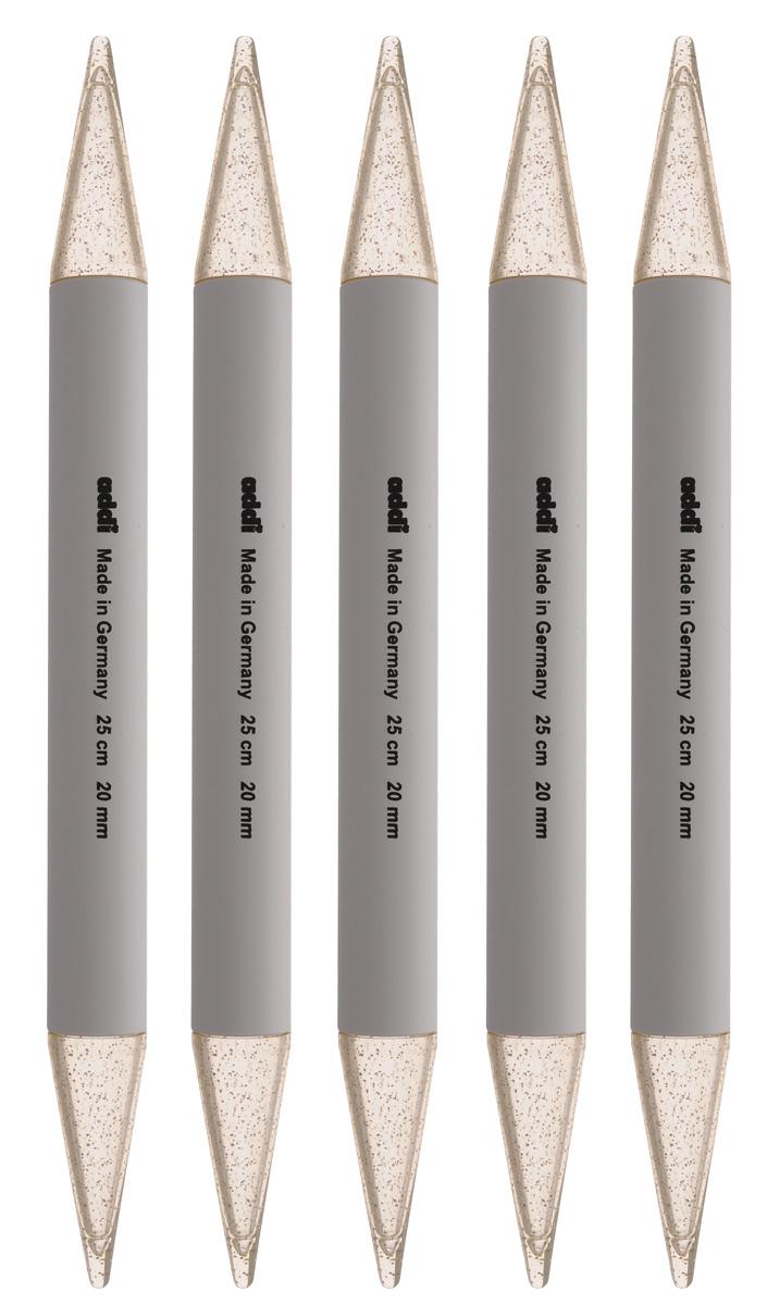 Спицы чулочные Addi, пластиковые, диаметр 20 мм, длина 25 см, 5 шт401-7/20-25Чулочные спицы Addi выполнены из высококачественного пластика с декором золотыми блестками. Плотный пластиковый состав позволяет спицам уверенно выполнять работу, создавая при этом приятные тактильные ощущения для вязальщицы. Спицы не имеют ограничителей и предназначены для вязания бейки горловины, чулок, шапочек, варежек и носков. Вы сможете вязать для себя и делать подарки друзьям. Рукоделие всегда считалось изысканным, благородным делом. Работа, сделанная своими руками, долго будет радовать вас и ваших близких.