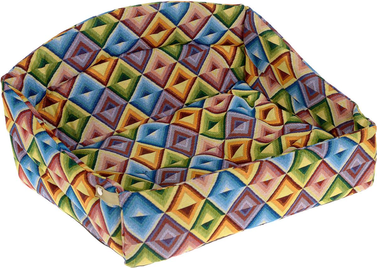 Лежак для животных Elite Valley Диван, цвет: желтый, зеленый, синий, 52 х 39 х 28 смЛ-25/4_ромбы, миксИзящный лежак Elite Valley Диван обязательно понравится вашему питомцу. Изделие выполнено из высококачественной ткани, а наполнитель - из поролона и синтепона. Лежак оснащен удобной спинкой и бортами. Передний бортик лежака можно откинуть или зафиксировать вертикально при помощи заклепок. Внутри лежака имеется мягкая съемная подстилка. Ваш любимец сразу же захочет забраться на лежак, там он сможет отдохнуть и подремать в свое удовольствие. Компактные размеры позволят поместить лежак где угодно, а приятная цветовая гамма сделает его оригинальным дополнением к любому интерьеру. Высота лежака (с учетом спинки): 28 см.