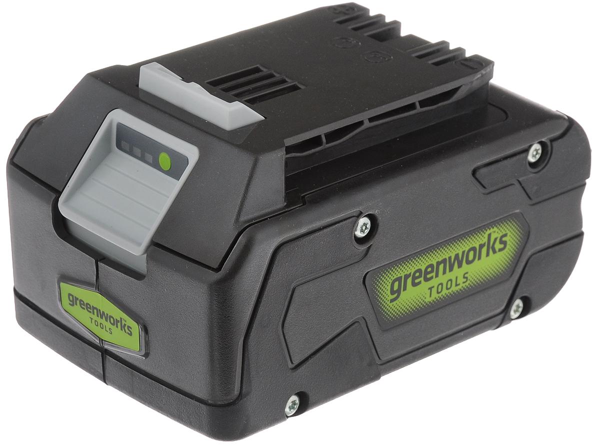 Литий-ионная аккумуляторная батарея GreenWorks Series III, цвет: черный, 24В, 4 А/h2902807_чёрныйАккумулятор GreenWorks Series III - это литий-ионный (Li-ion) аккумулятор последнего поколения, выполненный по новейшей технологии и используемый в технике GreenWorks Series III. Аккумулятор состоит из японских ячеек Sanyo и снабжается встроенной электронной схемой управления, которая предназначена для защиты от перезаряда и перегрева. Это гарантирует долгий срок службы аккумулятора - более 2000 полных циклов заряда, что при некоммерческом использовании приблизительно равно 10 годам работы. В отличие от никель-кадмиевых (NiCd) или никель-металл-гидридных (NiMH) аккумуляторов. Литий-ионный(Li-ion) аккумулятор не подвержен эффекту памяти - потери емкости при подзарядке не полностью разрядившегося аккумулятора. А так же важным преимуществом является быстрый заряд аккумулятора, уже за 22 минут достигается 50% заряда, а полный заряд происходит за 45 минут. Для удобства, аккумулятор снабжен индикации уровня заряда и ударопрочным корпусом...