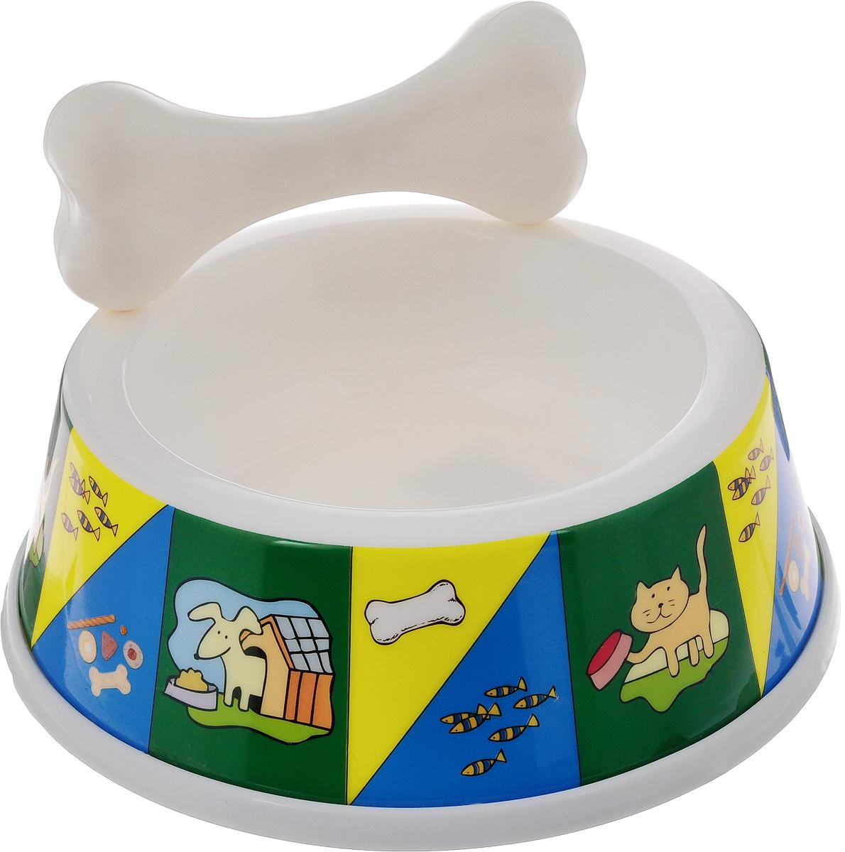 Миска для животных Каскад, с косточкой, 400 мл8301709_желтый, зеленыйМиска для животных Каскад, изготовленная из высококачественного пластика, предназначена для корма или воды. В комплект входит косточка, которая может быть как дополнительным аксессуаром для миски так и игрушкой для питомца. Такая миска порадует удобством использования как самих животных, так и их хозяев. Яркий дизайн придаст изделию индивидуальность и удовлетворит вкус самых взыскательных зоовладельцев. Основание миски снабжено противоскользящей резиновой вставкой, благодаря которой она устойчива на любой поверхности. Объем: 400 мл. Диаметр миски (по верхнему краю): 13 см. Диаметр основания: 17 см. Высота миски: 6,5 см. Размер косточки: 13 х 6 х 3 см.