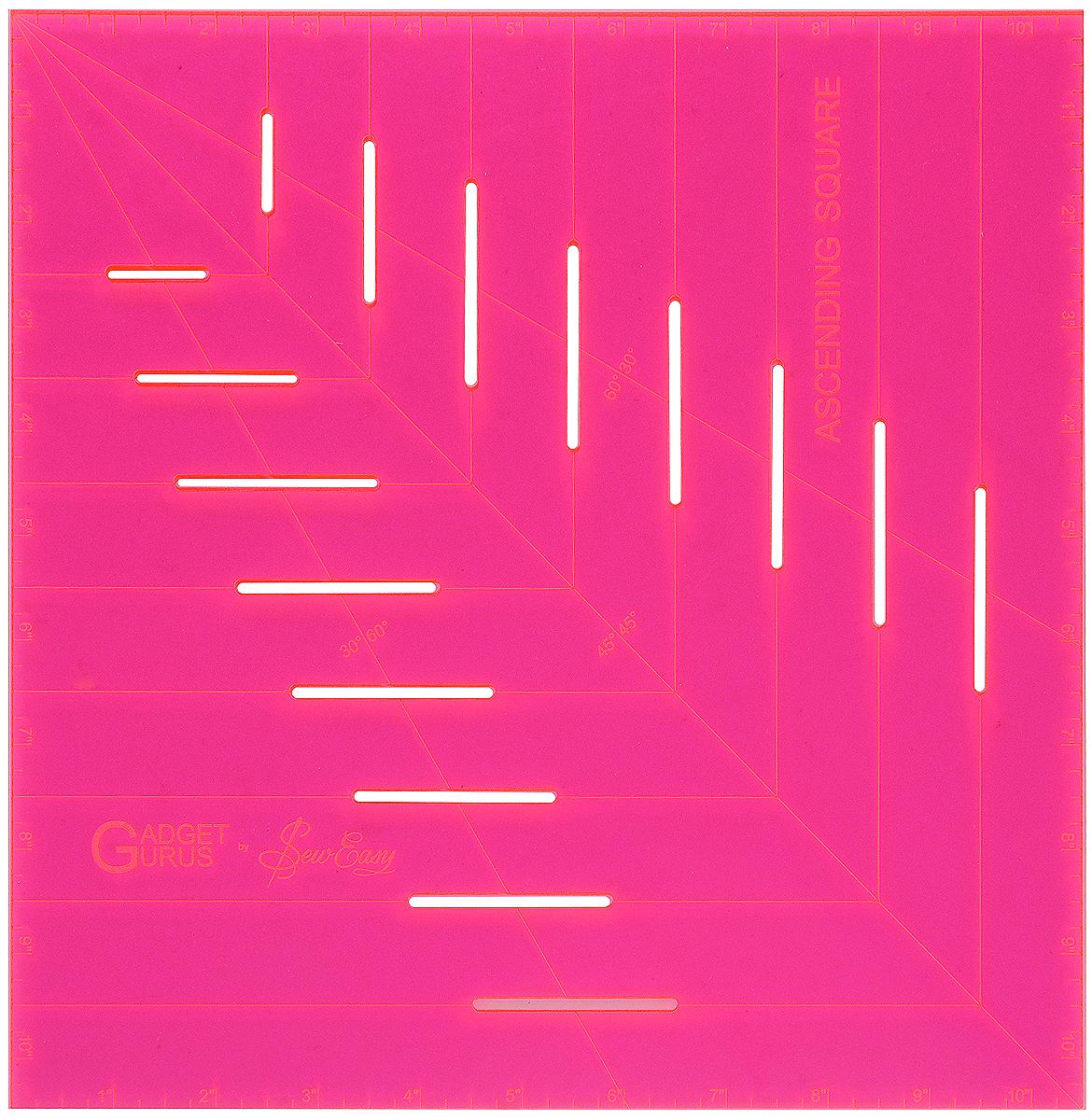 Лекало-квадрат Hemline, с восходящими прорезями, 25 х 25 см (10 х 10)ERGG10.PNKЛекало-квадрат Hemline выполнено из высококачественного акрила с восходящими прорезями. Подходит для изготовления квадратов разных размеров (до 10 дюймов). С помощью этой линейки можно создавать разнообразные элементы, из которых можно делать блоки, используемые в пэчворке, полоски ткани для создания виноградной лозы, стеблей и кельтских узоров. Лекало идеально подходит для создания треугольников 30°, 45° и 60° и вырезания ровных полосок из ткани. В комплект входит инструкция на русском языке. Размер: 25 x 25 см (10 x 10)