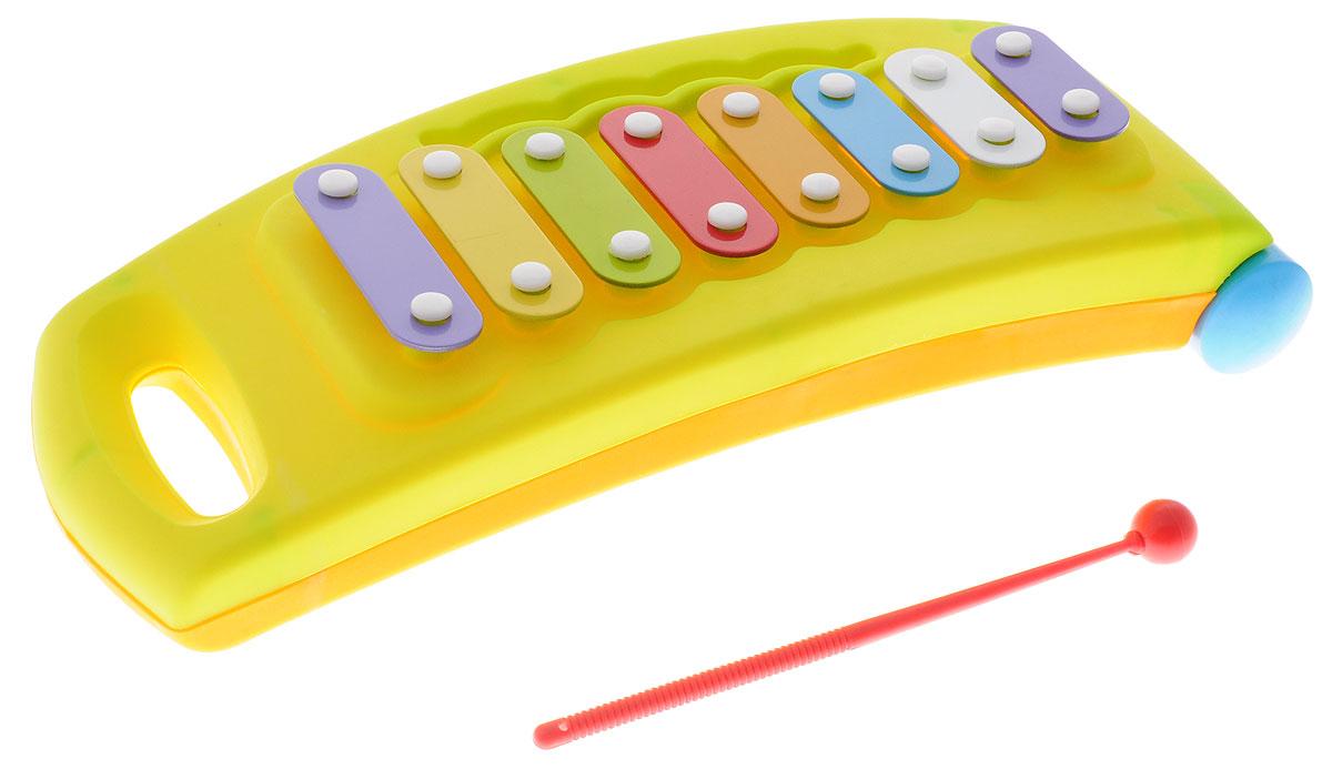 Маша и Медведь Металлофон цвет салатовыйWA2017/EG7717Яркий детский металлофон Маша и Медведь приведет в восторг вашего маленького музыканта. Металлофон - это металлический ксилофон, который отличается высоким чистым звуком. Занятия музыкой благотворно влияют на развитие детей. Металлофон выполнен из прочного пластика и оснащен 8 цветными металлическими пластинами, которые, при ударе по ним пластиковой палочкой, издают приятный мелодичный звон. Металлофон дополнен колесиками, которые позволят ребенку без труда передвигать его, держа за ручку с противоположной колесикам стороны. Игра на металлофоне поможет развить слух, звуковое и цветовое восприятия, концентрацию внимания и мелкую моторику рук ребенка.