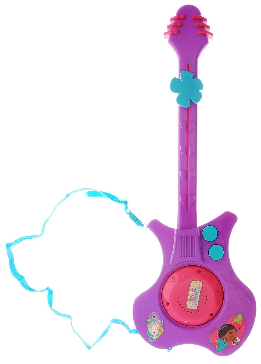 Disney Гитара Doc Mc Stuffins855076Яркая электронная гитара Doc Mc Stuffins - замечательный подарок вашему ребенку. Гитара выполнена из прочного безопасного пластика сиреневого цвета и оснащена световыми и звуковыми эффектами. На корпусе игрушечной гитары расположены кнопки переключения мелодий, а в центре - круг с маленькими лампочками, которые загораются во время звучания мелодий. Игрушка может воспроизводить шесть разных меложий. На месте струн имеется большая кнопка в виде цветка, которая передвигается вверх-вниз. Благодаря текстильной лямке гитару можно повесить через плечо. Игрушечная гитара поможет ребенку в развитии слуха и творческих способностей. Электронная гитара Доктор Плюшева - замечательная игрушка для юного музыканта. Малыш сможет пробовать сочинять свои собственные мелодии. Множество функций, звуковые эффекты и веселые мелодии обязательно понравятся каждому ребенку и принесут массу положительных эмоций! Для работы требуются 3 батарейки типа АА (комплектуется...