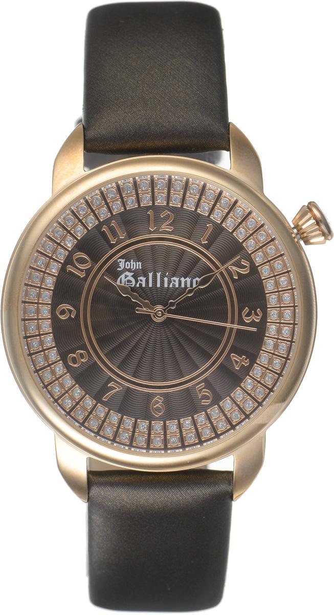 Часы наручные женские Galliano, цвет: коричневый. R2551126501R2551126501Наручные женские часы Galliano произведены из материалов самого высокого качества на базе новейших технологий. Они оснащены точным кварцевым механизмом. Корпус часов изготовлен из нержавеющей стали с PVD-покрытием, циферблат инкрустирован стразами и защищен минеральным стеклом. Ремешок выполнен из натуральной кожи и оснащен классической застежкой-пряжкой. Циферблат круглой формы оснащен арабскими цифрами, а так же тремя стрелками - часовой, минутной и секундной. Часы являются водостойкими - 3АТМ. Изделие укомплектовано в стильную фирменную коробку с названием бренда. Наручные часы Galliano созданы для современных девушек, которые не желают потерять свою индивидуальность в городской суете.