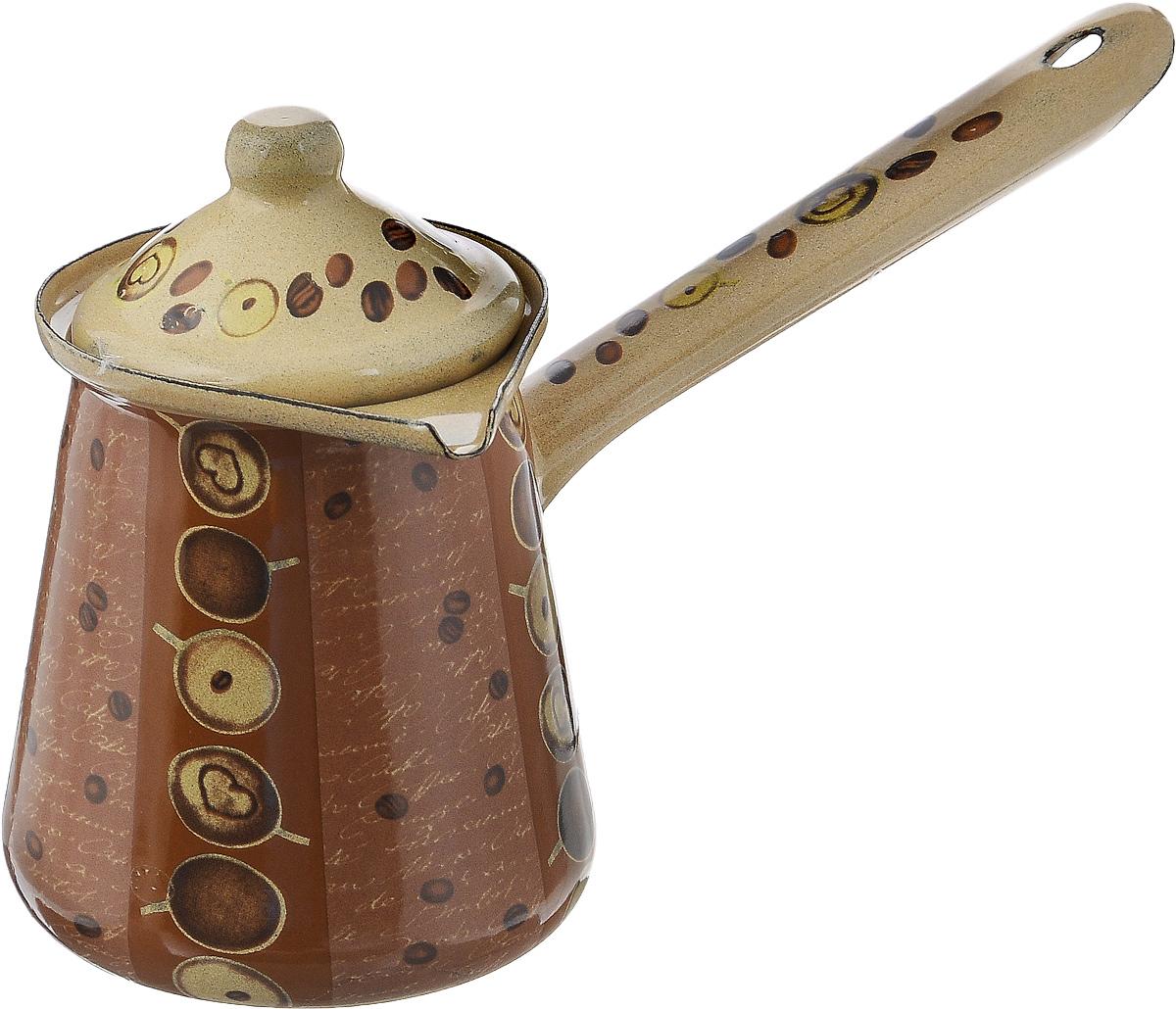 Турка Calve, с крышкой, цвет: бежевый, коричневый, 500 млCL-7000_бежевыйТурка Calve, изготовленная из высококачественной стали, предназначена для приготовления кофе. Внешние стенки турки оформлены изящным рисунком с изображением кофейных зерен. Изделие имеет широкое горлышко, специальный носик и крышку. Рукоятка снабжена специальным отверстием, благодаря которому изделие можно подвесить на крючок. Кофе в турке варится очень просто. Насыпьте молотый кофе, залейте водой и варите на слабом огне, не доводя до кипения. Чем дольше кофе варить, тем крепче он становится. Подходит для всех видов плит, включая индукционные. Диаметр турки (по верхнему краю): 8 см. Длина ручки: 13 см. Высота стенки: 10 см.