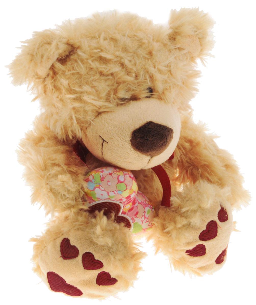 Sonata Style Мягкая игрушка Медведь Влюбленный 25 смGT8307Очаровательная мягкая игрушка Sonata Style Медведь Влюбленный станет прекрасным подарком на любой праздник. Игрушка обладает очень милой мордочкой и мягкой шерсткой, а на лапках медвежонка изображены красные сердечки. В лапках медведь держит текстильное сердечко. Игрушка изготовлена из высококачественных материалов и абсолютно безвредна для здоровья детей.
