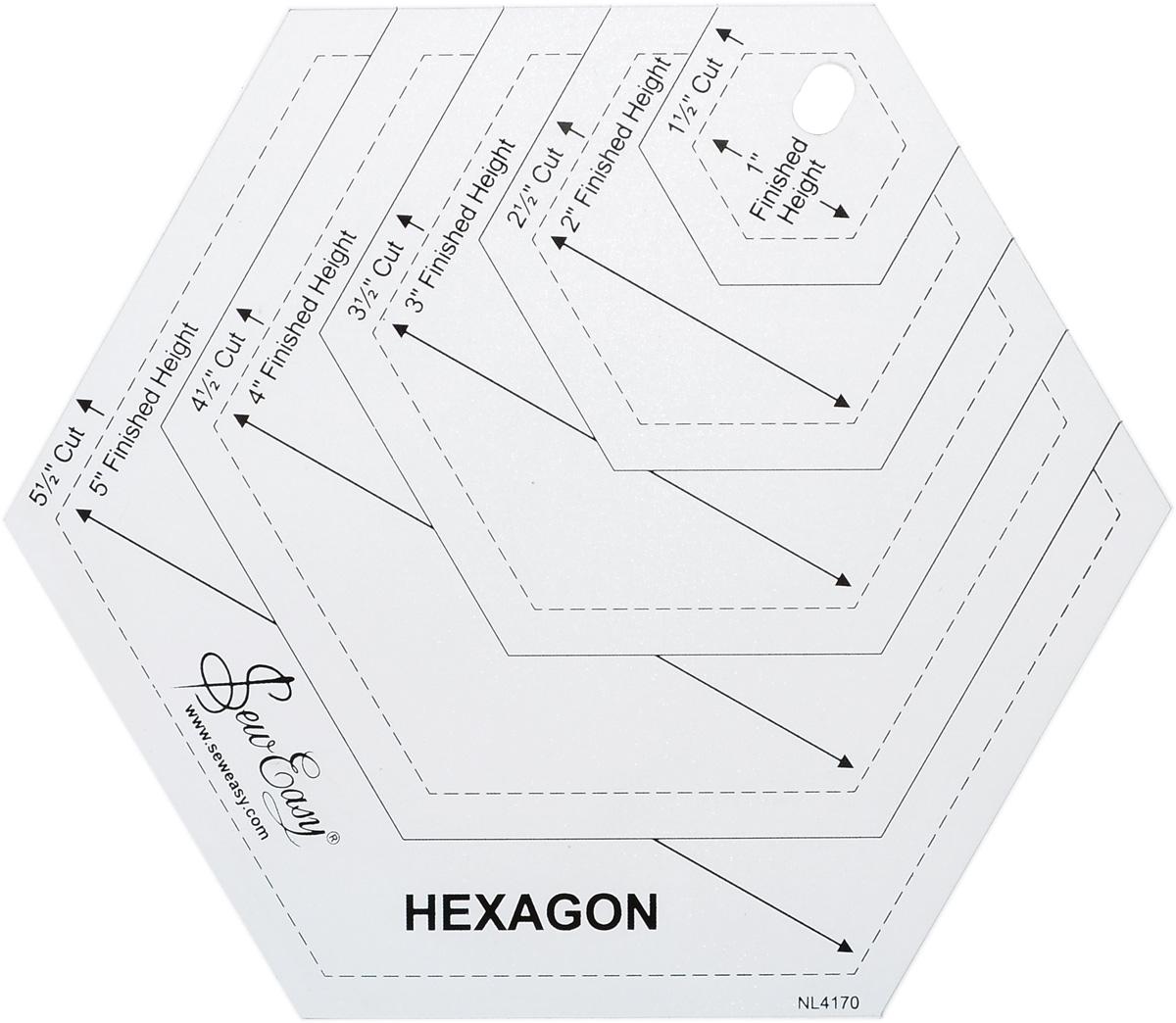 Лекало Hemline, для создания гексагонов разных размеровNL4170Лекало Hemline, изготовленное из пластика, идеально подходит для раскроя гексагонов разных размеров. Используйте раскройный нож Sew Easy с диаметром 45 мм и мат. Они облегчат вам работу. Инструкция на русском языке прилагается в комплекте.