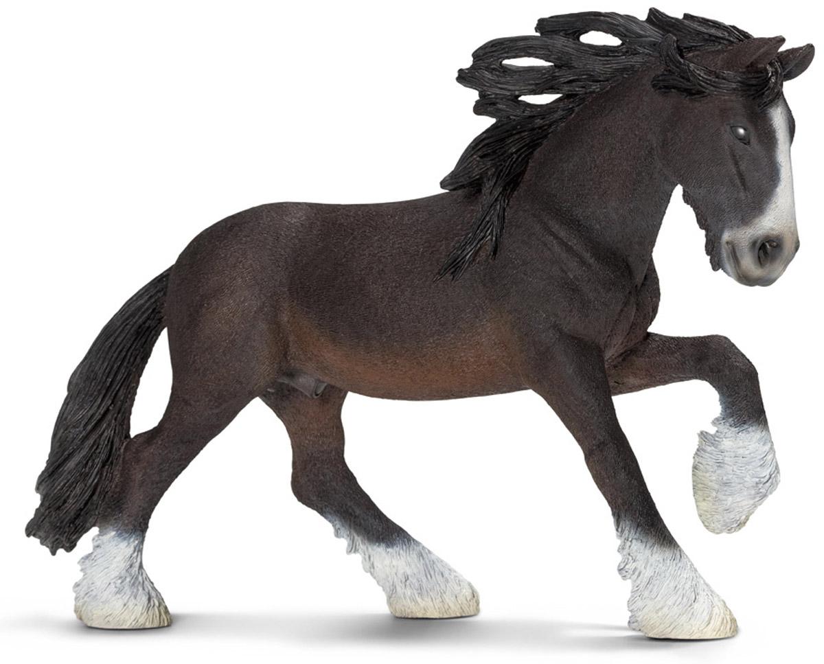 Schleich Фигурка Шайрский жеребец13734Шайр - порода лошадей. Лошади этой породы отличаются высоким ростом. Название происходит от английского шир - графство. Большой известностью и распространением пользуется порода шайр-горс или кэрт-горс, происшедшая от местных кобыл и голландских жеребцов. Несмотря на свое древнее происхождение, она в массе не совсем однородна. Тип ее сильно изменчив - от лошади необычайного размера и веса, годной только для езды шагом, до крупных и складных, пригодных уже и в плуг, и в воз. Масть разнообразная; характерны лысина на голове и белые чулки, чаще на одних задних ногах. Все части тела развиты пропорционально; весьма важной статьей являются широкая грудь, спина и такой же крестец. Фигурка Schleich Шайрский жеребец выполнена из каучукового пластика, раскрашивалась вручную. С помощью фигурки ребенок сможет дополнить свою ферму со скотным двором. Выдумывая сюжетно-ролевые игры, малыш развивает воображение и осваивает новые социальные взаимоотношения.