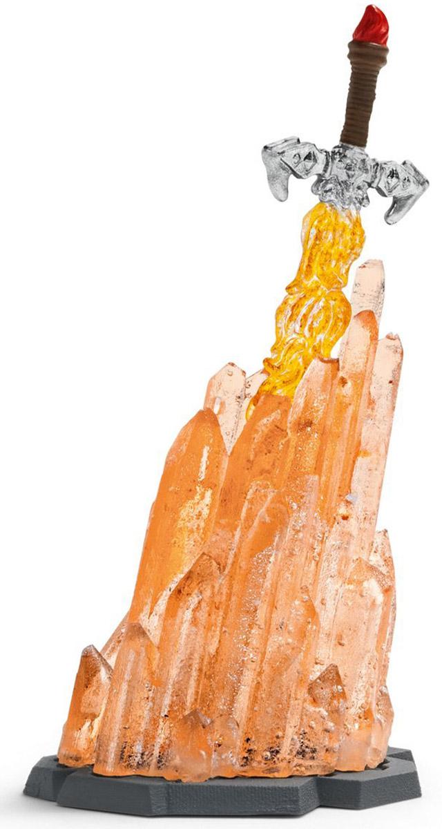 Schleich Магический огненный меч42155Магический огненный меч Schleich придется по душе вашему ребенку! Фигурки Schleich выполнены из безопасного для здоровья детей каучукового пластика с максимальной точностью, каждая фигурка раскрашивается вручную. У знаменитых рыцарей или королей часто знаменитое оружие. Некоторые оружие знаменито из-за своей смертоносности, другое - потому, что украшено драгоценными камнями. Некоторые мечи обладают волшебной силой, они никогда не затупляются или дают своему владельцу особые способности. Этот меч обладает великой силой: во время боя клинок превращается в чистый огонь и делает своего владельца практически неуязвимым! В наборе - меч и подставка для меча. Подставка светится в темноте.