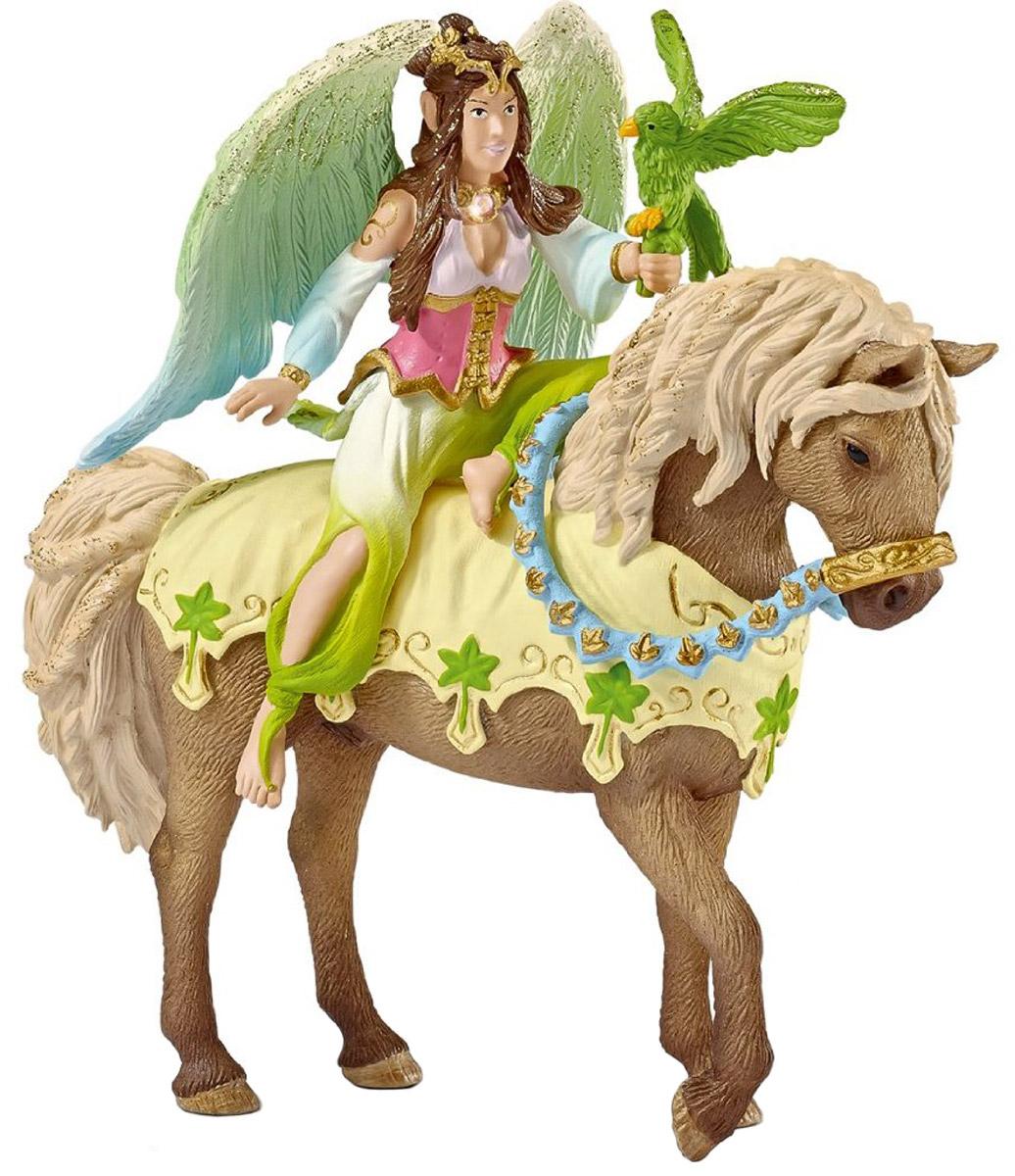 Schleich Фигурка Эльфийка Сурах на лошади70504Фигурка Schleich Эльфийка Сурах разнообразит сюжетно-ролевые фантастические игры вашего ребенка и станет прекрасным пополнением коллекции эльфов от Schleich. У эльфийки есть волшебные крылышки, которые блестят на солнце и с помощью которых она легко перелетает с места на место. Сурах отправляется на бал маскарад, в котором примут участие все эльфы волшебной страны Bayala. Сурах взяла с собой на фестиваль своего любимого питомца - волшебную зеленую птицу. Фигурка эльфа надежно держится на лошадке благодаря встроенному магниту. Прекрасно выполненная фигурка отличается высочайшим качеством игрушек ручной работы. Фигурка разработана с учетом исследований в области педагогики и производится как настоящее произведение для маленьких детских ручек.